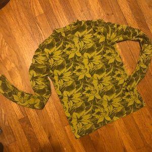 H&M ruched banana long sleeve top